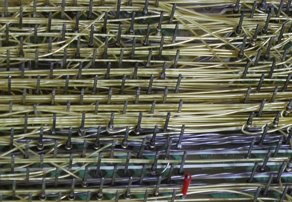 backplane_pins_wires